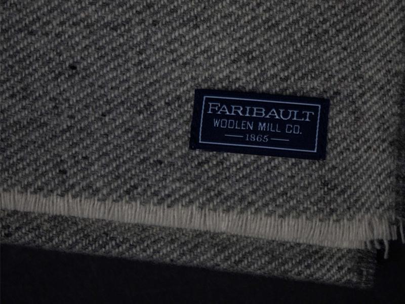 Faribault_CarefreeScarf_GreyRed